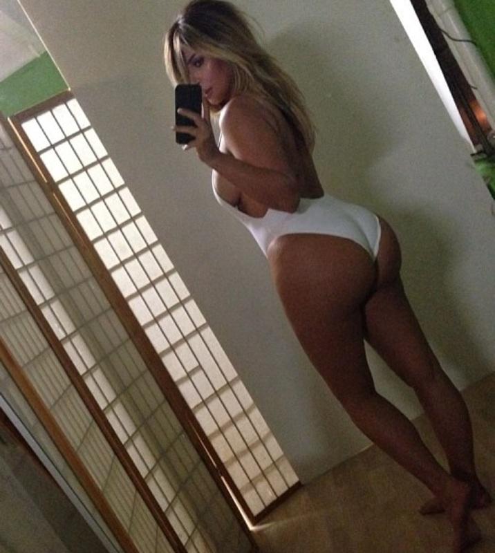 sexy_kim_kardashian_4